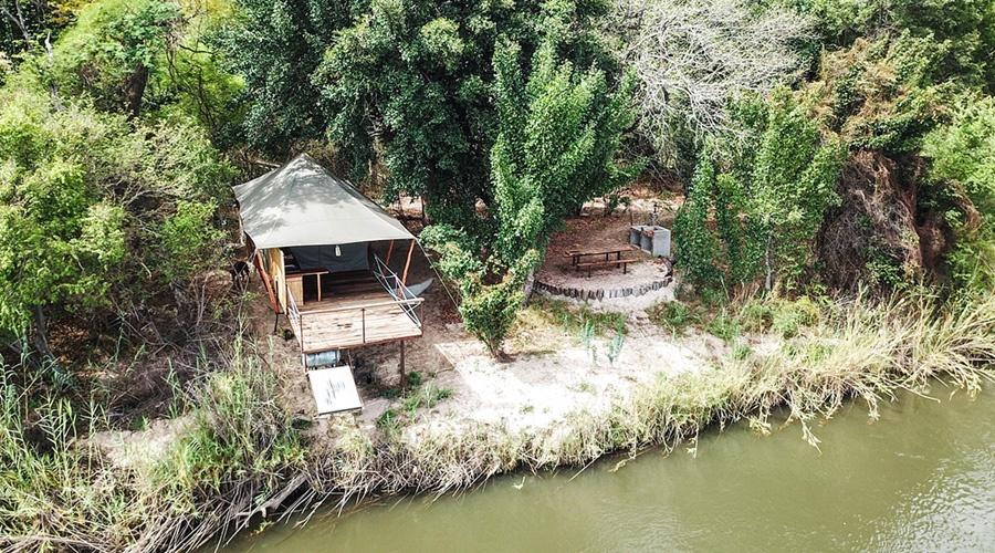 Luxury Self-Catering Safari Tents at Mobola Island Lodge